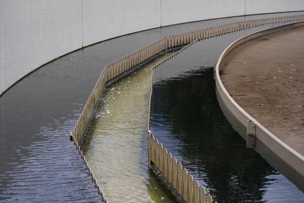web-afvalwaterzuivering-cc0-herman-hammer-via-pixabay